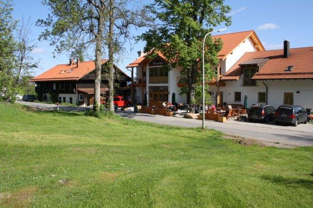 0044-18-Hotel-Baerenhof-Biergarten-2