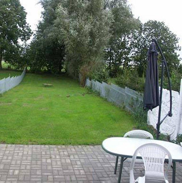 0058-03 Ferienhaus Schulz Terrasse und Garten