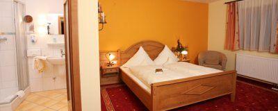 0063-03 Landhaus Wildschuetz Zimmer