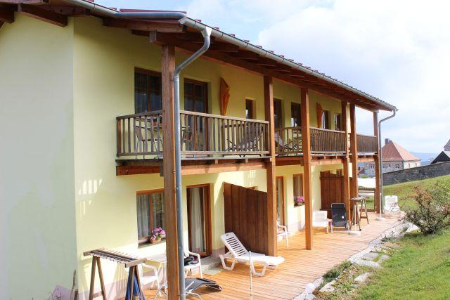 0077-03 Hotel Sportalm Balkone und Terrassen