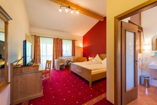 0077-16 Hotel Sportalm Zimmer 21a
