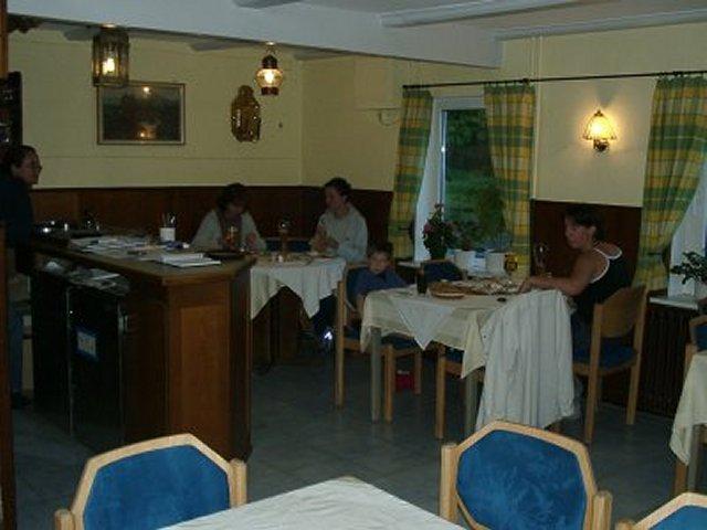 0079-05 Reiterhof Seeberg Gaststube