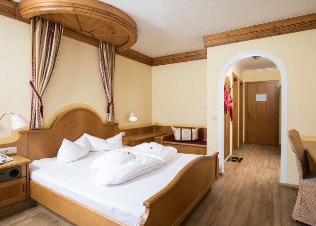 0089-07 Hotel Magdalena Doppelzimmer