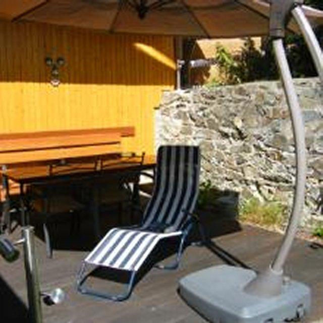0109-03-Ferienhaus-Boehnke-Terrasse-Garten1