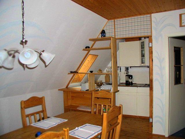 0111-15-Fewo-Rothensande-OG-Küche.jpg