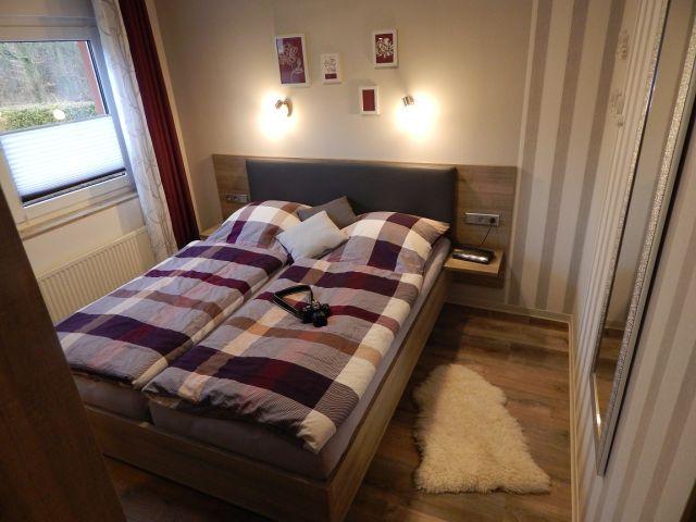 0132-09 Ferienhaus Geers Schlafzimmer