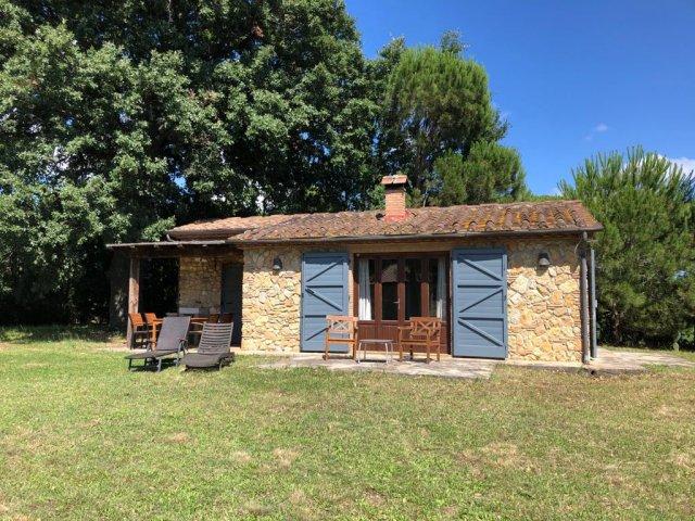 0133-01-Poderino-Poggetto-alla-Fonte-Haus-und-Terrasse
