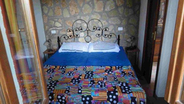 0133-10-Poderino-Poggetto-alla-Fonte-Schlafzimmer 2