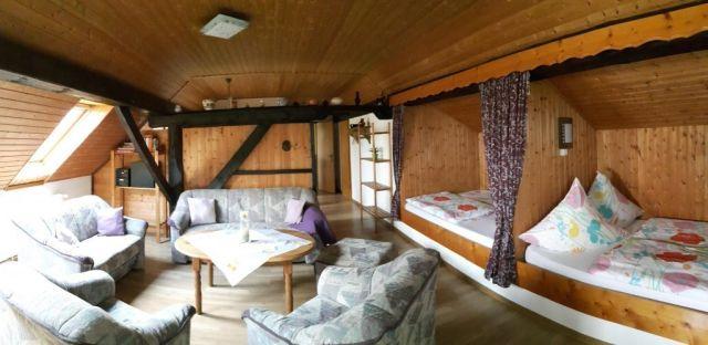 0154-05-Fewo-Ortgies-Wohn-Schlafzimmer