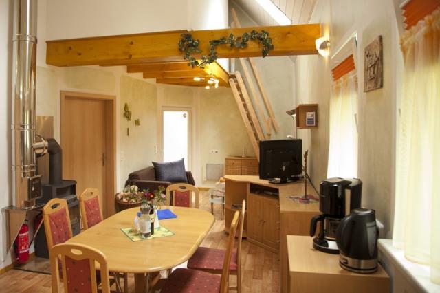 Ferienhaus 1 Wohnraum mit Essecke