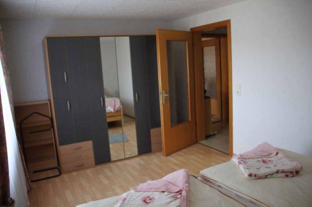 0208-11-Fewo-Regina-Schlafzimmer 2