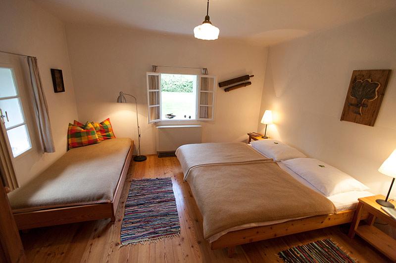 0212-04 Ferienhaus Schillihaus Schlafzimmer