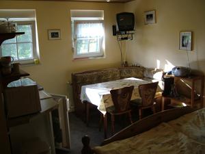 0223-02 Haus zum Husky FeWo Aika Wohnraum