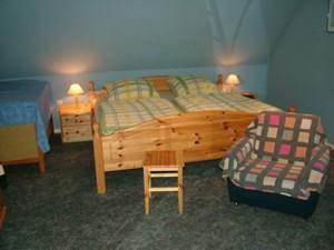 0223-15 Haus zum Husky FeWo Jessy Schlafraum 2