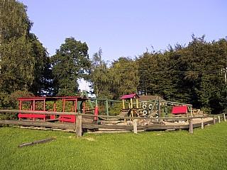 0236-03-Weinberghof-Spielplatz