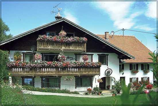 0240-01 Landhaus Anni Hausansicht