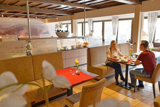 0246-06 Hotel Kleine Blume Restaurant