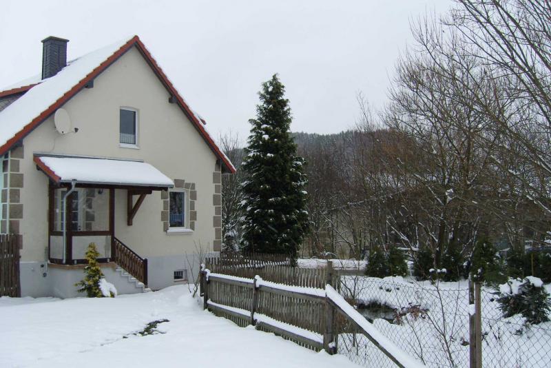 0247-09 Ferienhäuser Rieger Haus 2 Aussenansicht