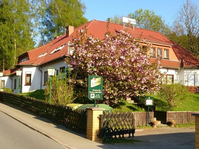 0257-01-Pension-Schwalbennest-Aussenansicht