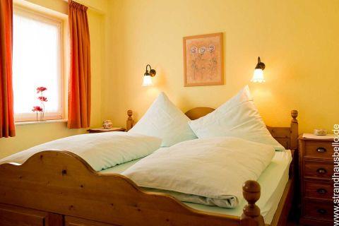 0281-19-Bello-Cane-Comoda-Schlafzimmer