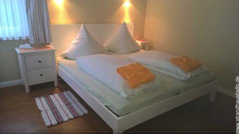 0281-23-Bello-Cane-Prima-Schlafzimmer