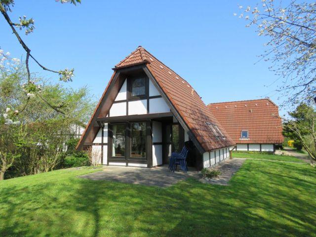 0301-10 Lederstrumpf Haus