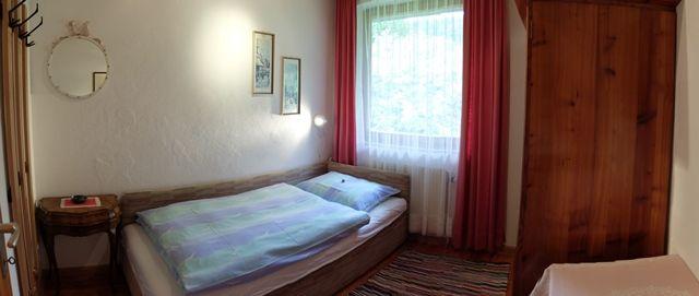 0326-08 Ferienhaus Siebenschlaefer Einbettzimmer