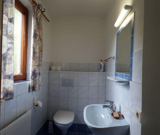 0326-14 Ferienhaus Siebenschlaefer Bad2
