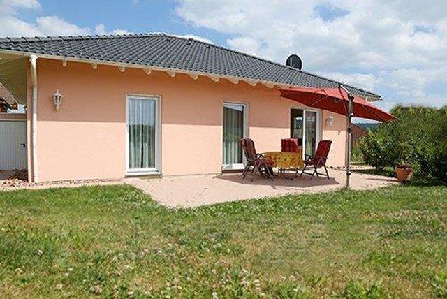 0331-01 Ferienhaus Emil Westseite