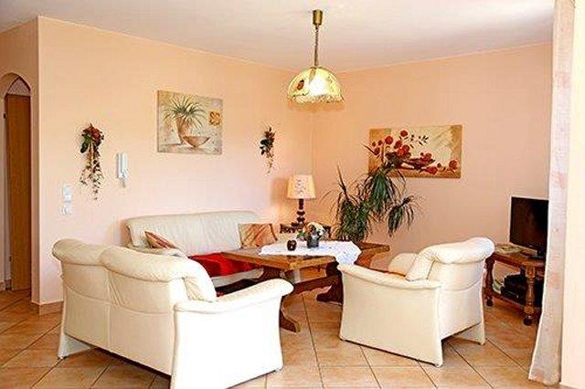 0331-08 Ferienhaus Tassilo Wohnzimmer