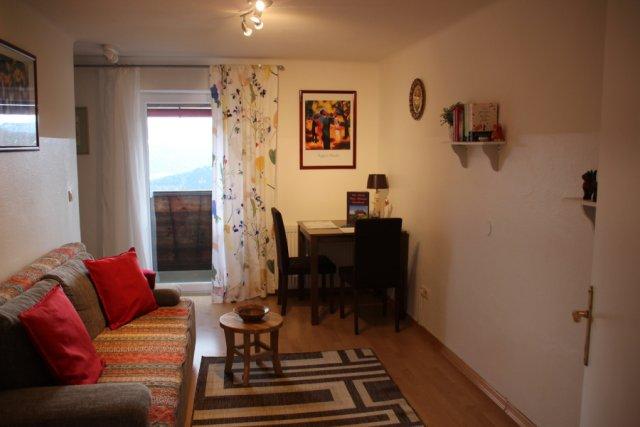 0354-15 Haus Mauken FeWo  3 Wohnraum