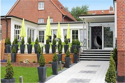0369-01-Hotel-Retro-Design-Aussenansicht