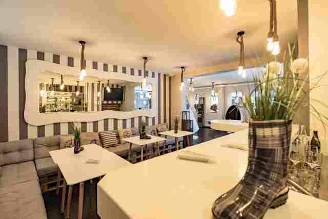 0369-05-Hotel-Retro-Design-Hotelbar