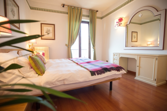 0372-07-Hotel-La-Caletta-Bolognese-Doppelzimmer-Bild-1
