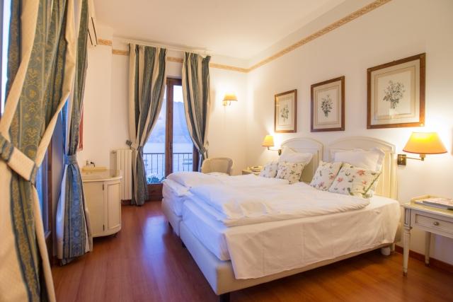 0372-08-Hotel-La-Caletta-Bolognese-Doppelzimmer-Bild-2