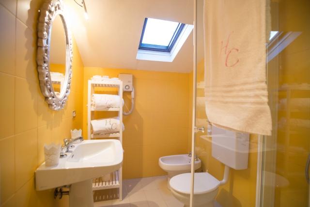 0372-09-Hotel-La-Caletta-Bolognese-Badezimmer