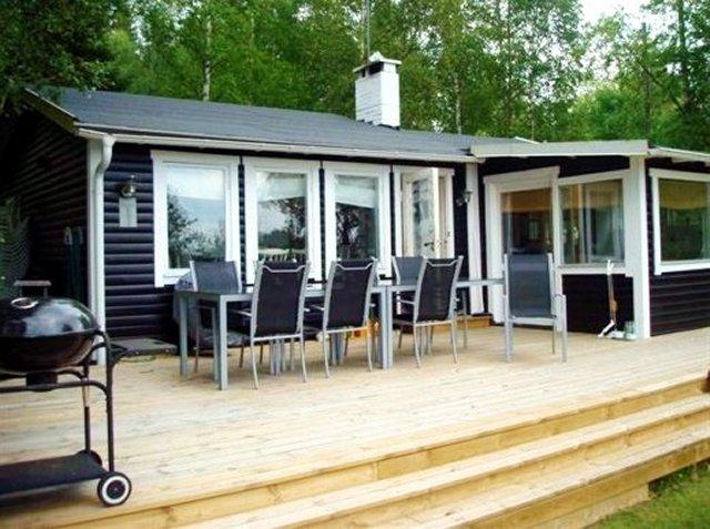 0395-06-Schwarzes-Sommerhaus-Schweden