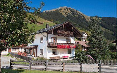 0004-01 Rehhaus Hausansicht Sommer