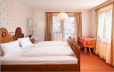 0004-04 Rehhaus Schlafzimmer