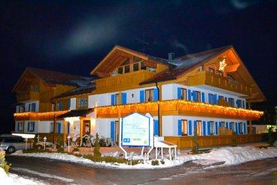 0138-02 Landhaus Ohnesorg Winternacht