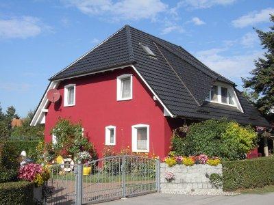 0342-01 Fewos Schumann Haus aussen 1