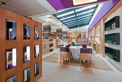 0412-04 Hotel Fliana Restaurant