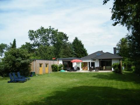 0418-01-Ferienhaus-Blinkfuer-104-Aussenansicht-neu