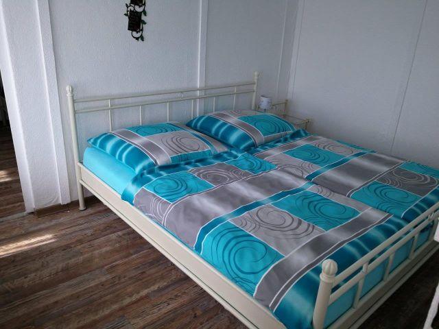 0437-06 hundtastisch Haus 1 Schlafen 1