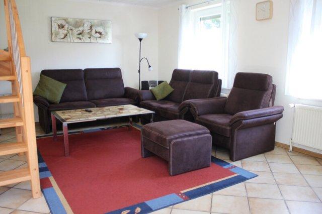 0476-04-Ferienhaus-am-See-Wohnzimmer