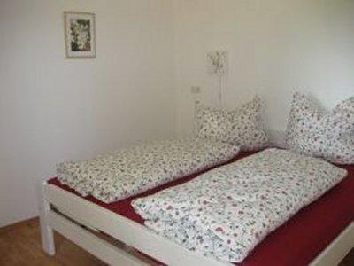 0477-08 Fewo Hof Wiesenblick Schlafzimmer 2