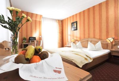 0490-06-Hotel-zur-Linde-Zimmer-02