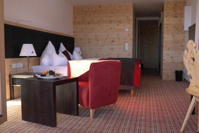 0499-07 Hotel Inntaler Hof DZ Weitsicht Deluxe