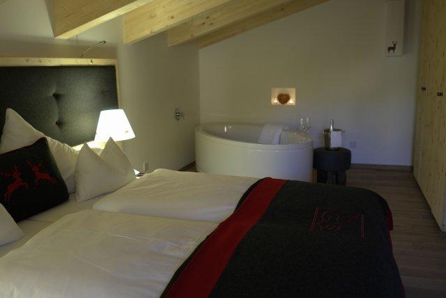 0499-09 Hotel Inntaler Hof Alpenwelt-Kuschelsuite