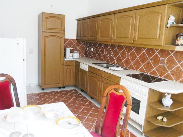 0500-04-Ferienwohnungen-und-Ferienhäuser-in-Rottleberode-FeWo-3-Küche.jpg